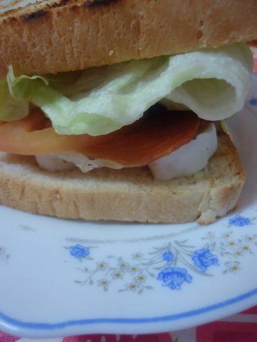 sandwich-de-jamon-serrano-y-queso-brie-1