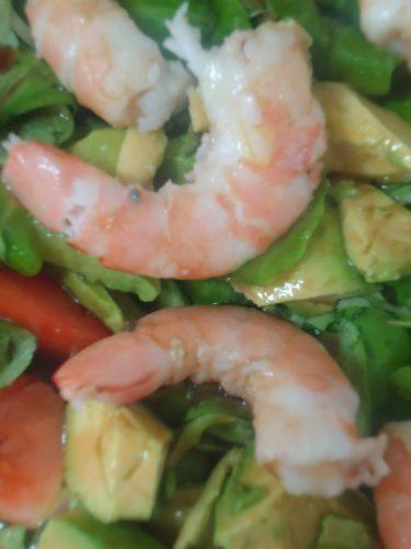 ensalada de espinacas, aguacate y langostinos (1)