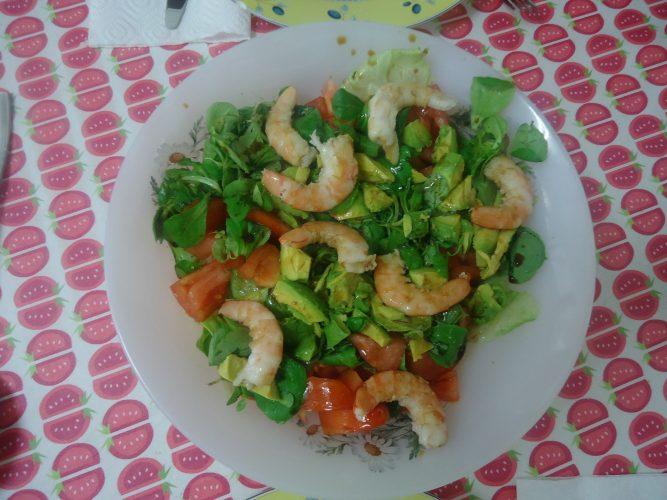 ensalada de espinacas, aguacate y langostinos (2)