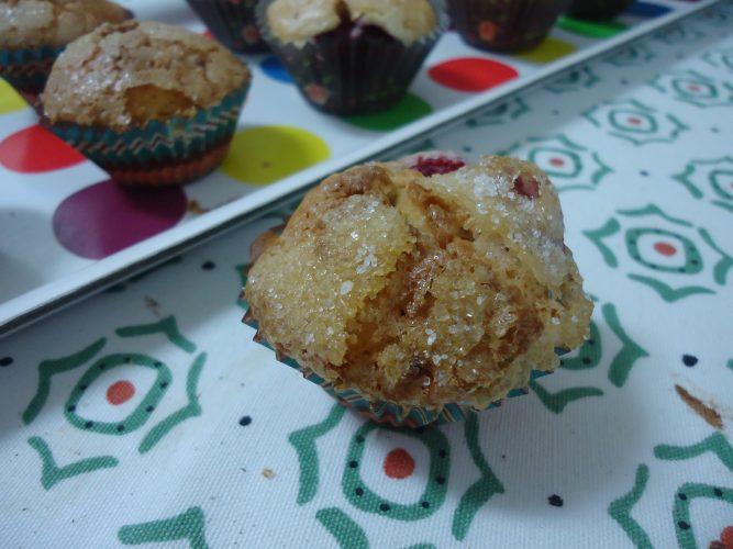 magdalenas de frambuesas y yogur (2)