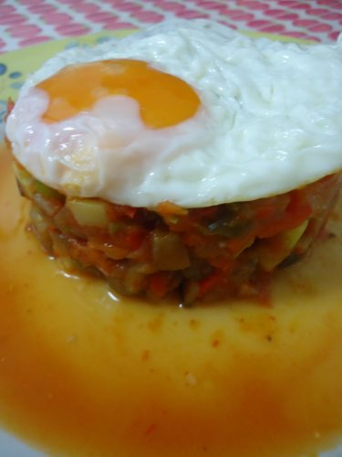 pisto manchego con huevo (2)